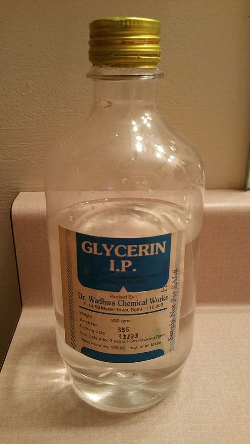 Difference Between Glycerol and Glycerin-1