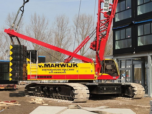 Difference Between Hydraulic Crane and Crawler Crane-1
