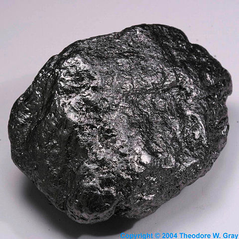 Difference Between Graphite and Carbon-1