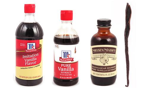 vanilla and vanilla extract