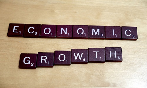 Difference Between Growth And Development In Economics Difference Between