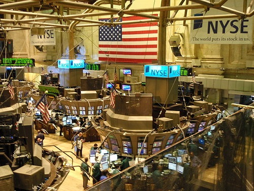 Difference between NYSE and NASDAQ