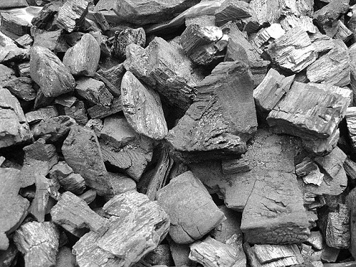 Difference Between Coal and Charcoal-1